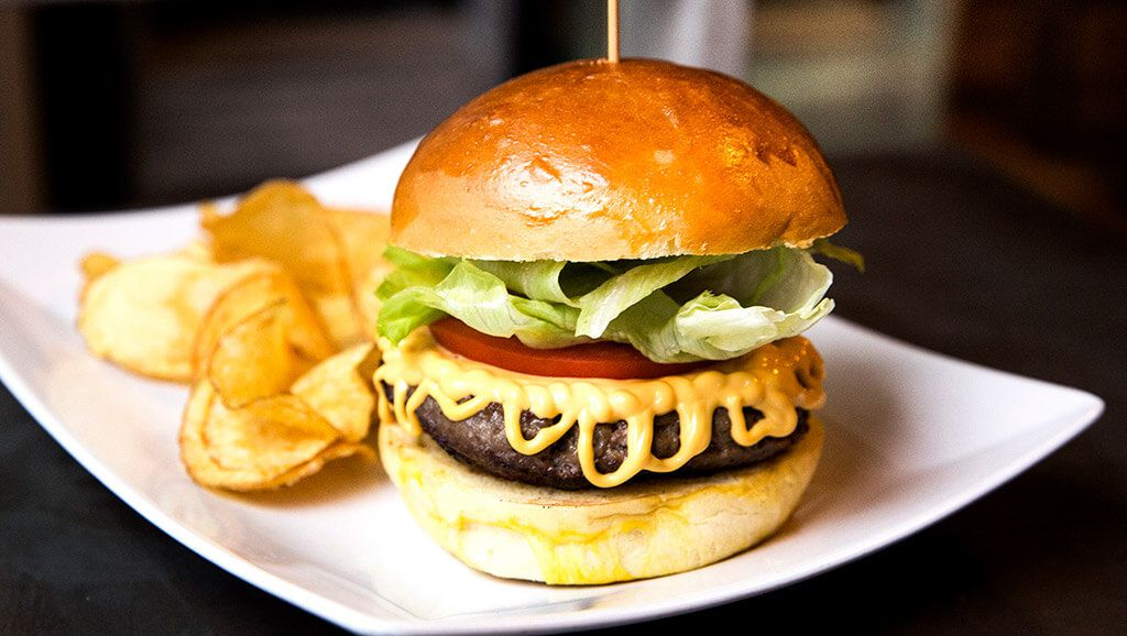 streat bacon burger
