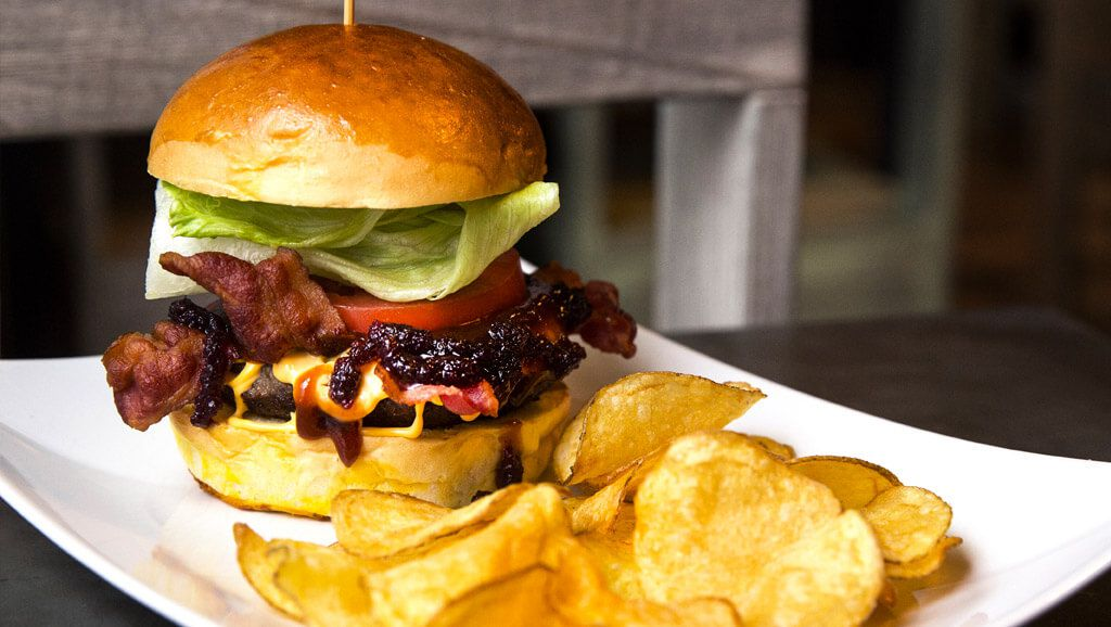 streat bacon burger